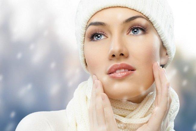 Cách khắc phục da khô bong tróc, nứt nẻ hiệu quả